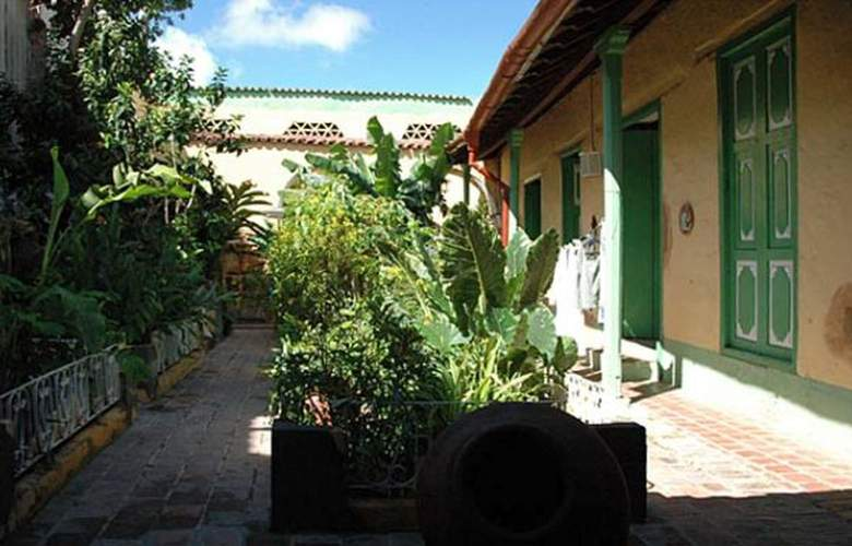 Hostal Casa Sotolongo - General - 4