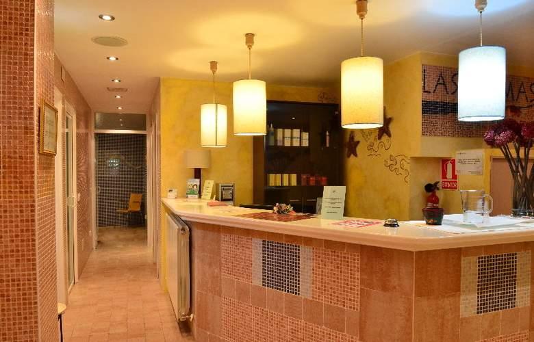 Suite Aparthotel & Spa Eth Refugi d'Aran - General - 3