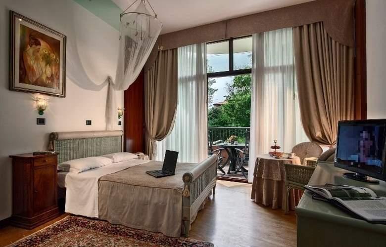 Park Hotel Junior - Room - 6