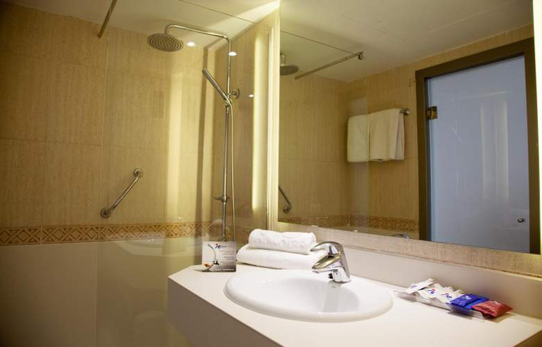 Tomir Portals Suites - Room - 10