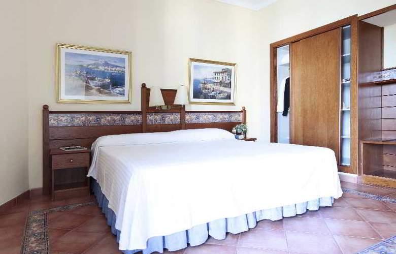 Prestige Coral Platja - Room - 20