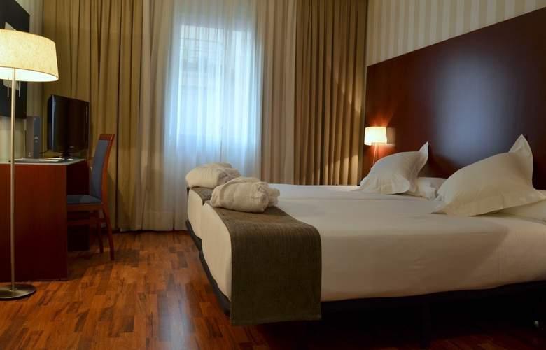 Zenit Malaga - Room - 12