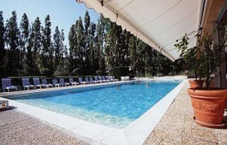 Adonis Hotel Avignon Sud - Pool - 13