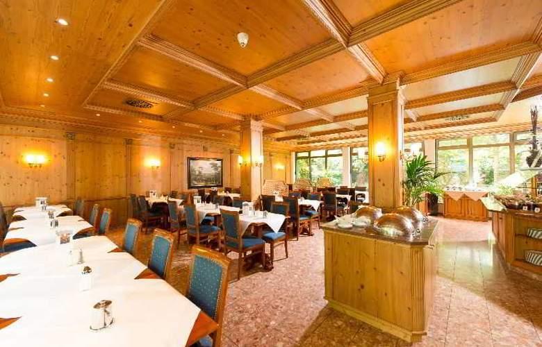 King's Center - Restaurant - 9