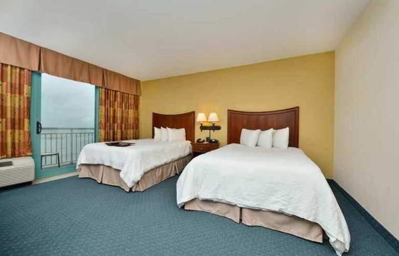 Hampton Inn Virginia Beach Oceanfront South - Hotel - 3