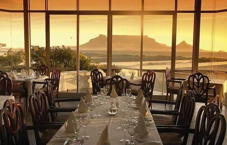 Dolphin Beach Hotel - Restaurant - 5