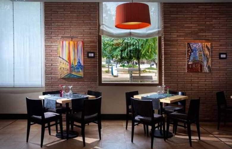 Monasterio Benedictino - Restaurant - 31