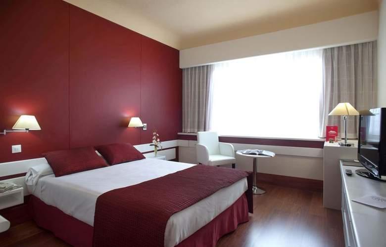 Chamartín the 1 - Room - 11