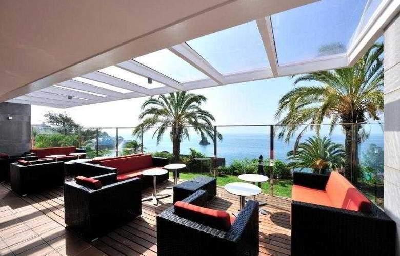 Pestana Promenade Ocean Resort Hotel - Terrace - 11