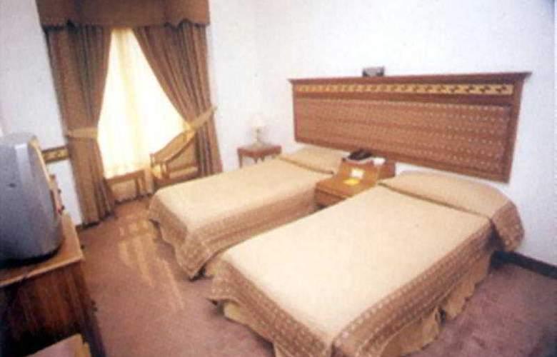 Lamba's House - Room - 0