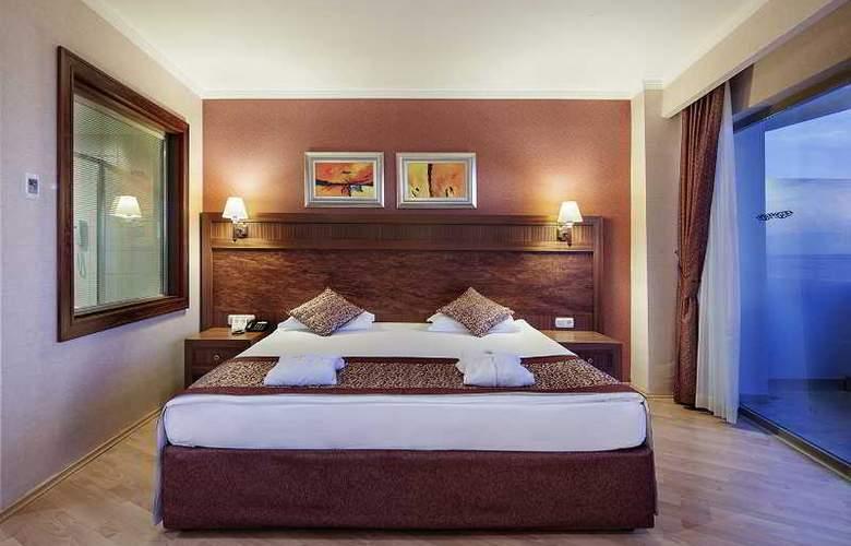 Alba Royal - Room - 12