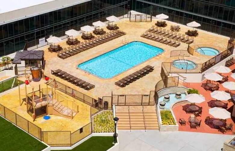 Hilton Anaheim - Hotel - 6