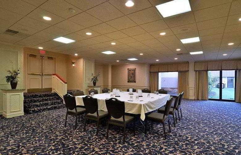Best Western Premier Eden Resort Inn - Hotel - 32