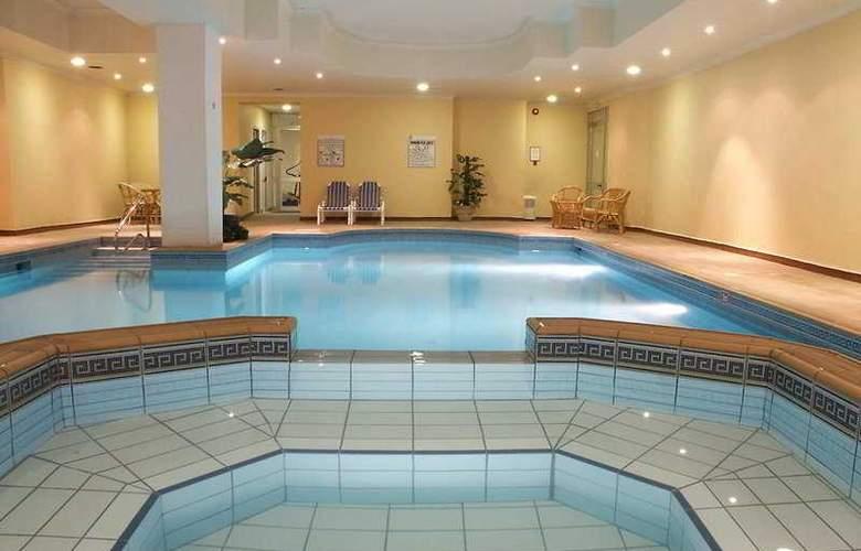Solana Hotel & Spa - Pool - 5