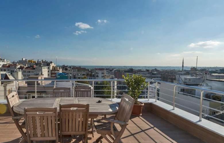 Glorious Hotel Istanbul - Terrace - 25