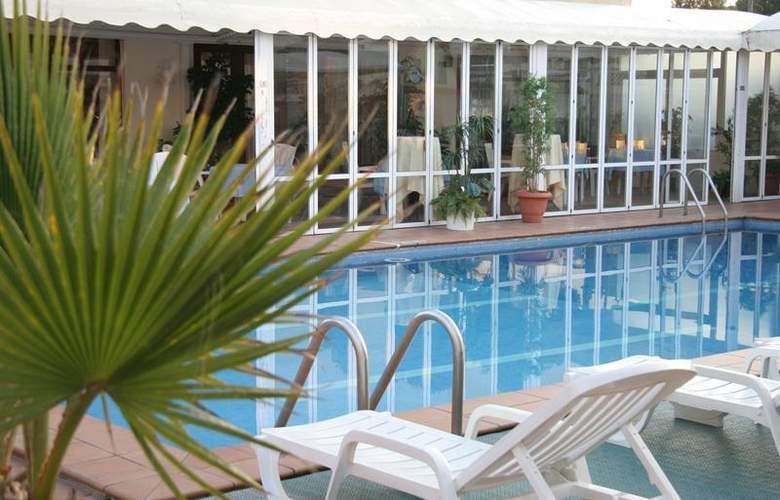 Best Western Mediterraneo - Pool - 52