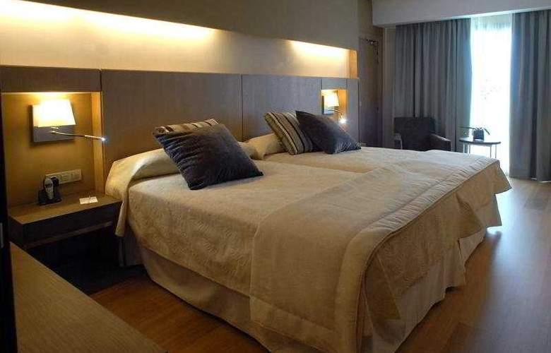 Protur Biomar Gran Hotel Spa - Room - 3