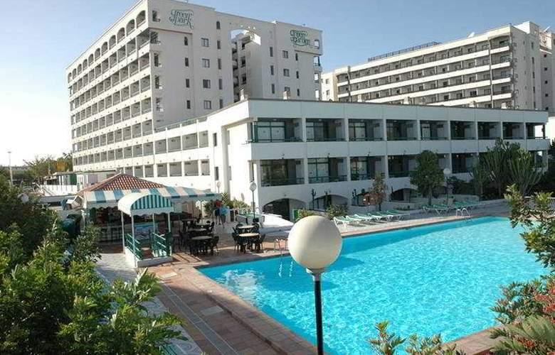 Green Park - Hotel - 0