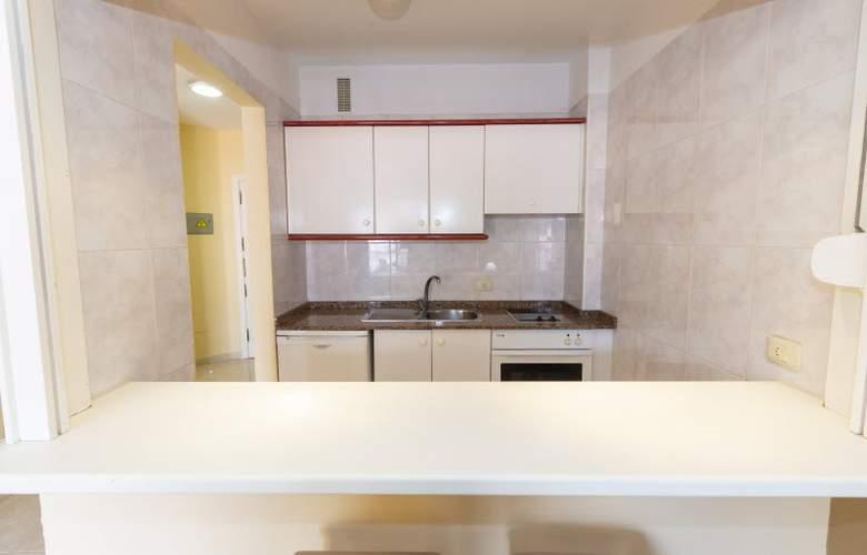 Villa Adeje Beach - Room - 17
