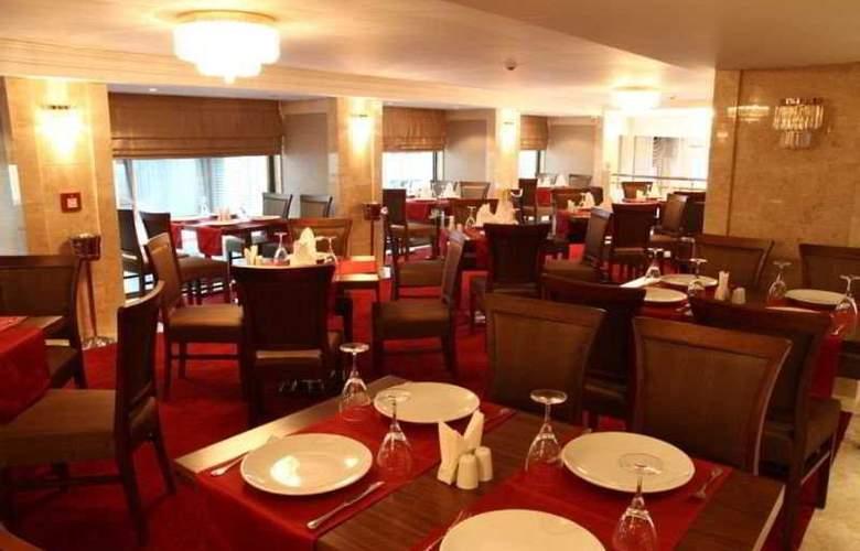 Amethyst Hotel - Restaurant - 9