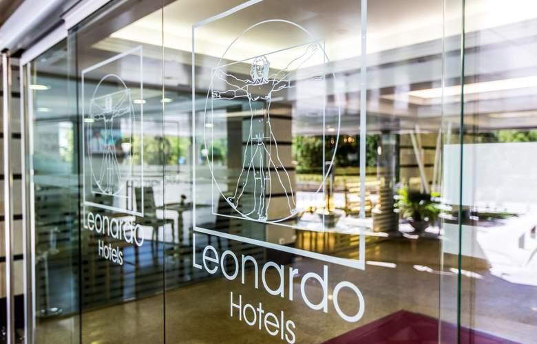 Leonardo Hotel Granada - Hotel - 0