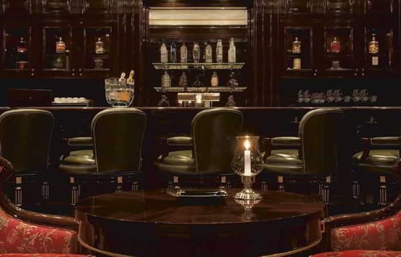 Ritz Carlton - Bar - 13