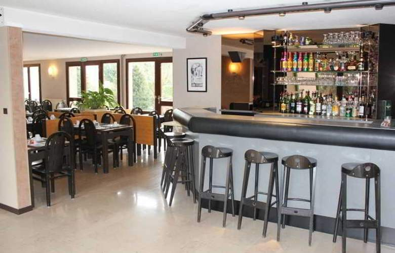 Castel Burgond - Bar - 3