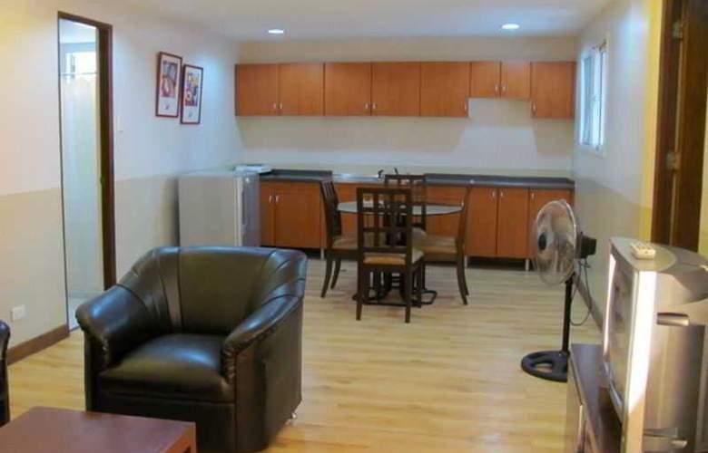 Robbinsdale Residences - Room - 13