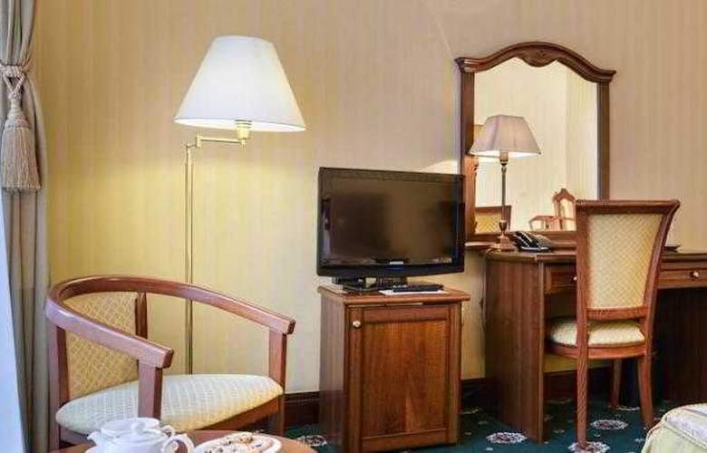 Ayvazovskiy - Room - 6