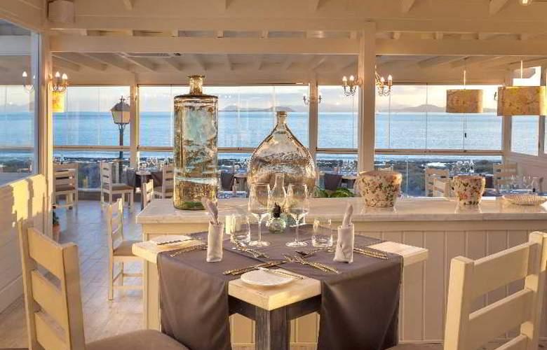 Gran Castillo Tagoro Hotel & Resort - Restaurant - 32