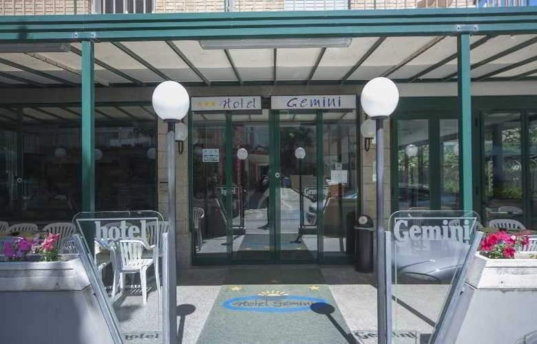 Gemini Hotel - Hotel - 10