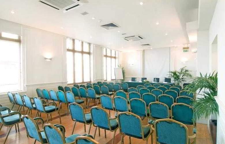 Umi Brighton - Conference - 8