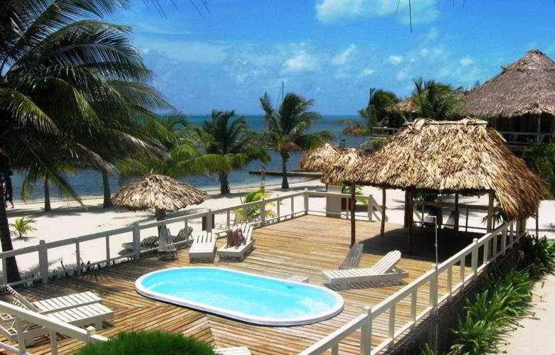 Exotic Caye Beach Resort - Pool - 9