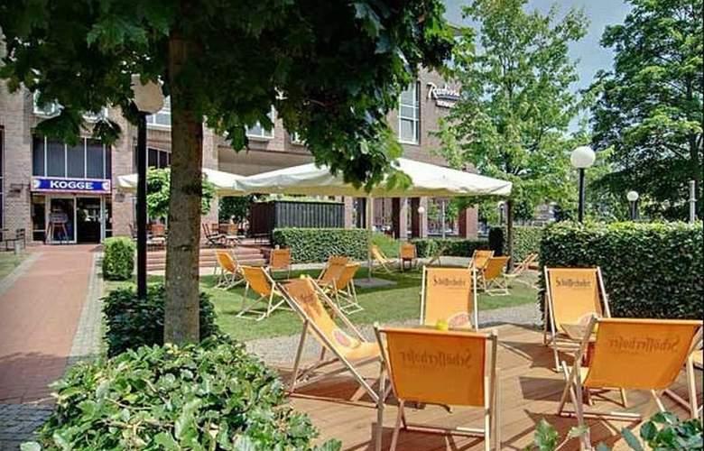 Radisson Blu Senator Hotel - Terrace - 6