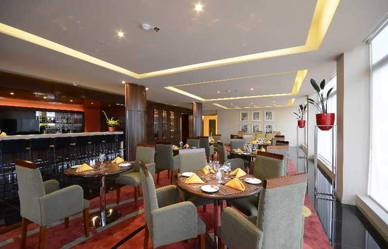 Grand Crucero Hotel - Bar - 2