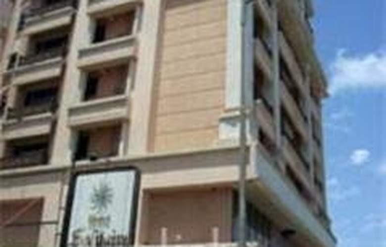 Hotel Solitaires, Mumbai - Hotel - 0