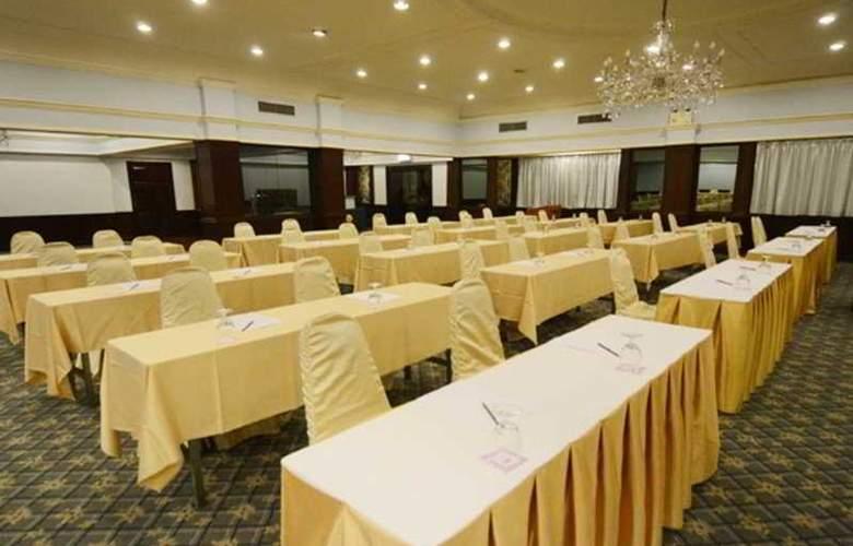 Ambassador Bangkok - Conference - 10
