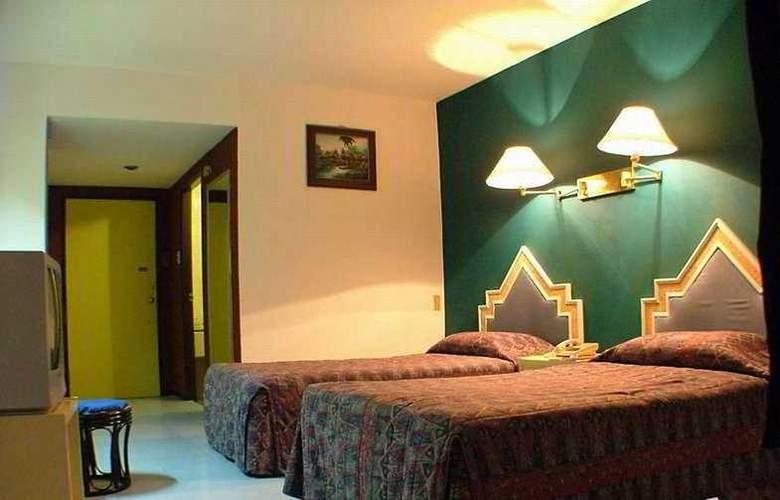 Champ Pattaya Hotel - Room - 3