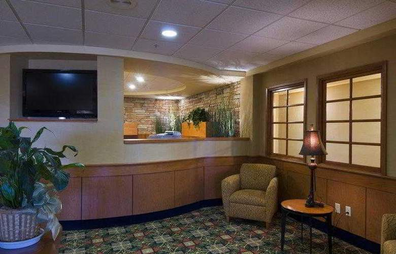 Best Western Plus Grant Creek Inn - Hotel - 1