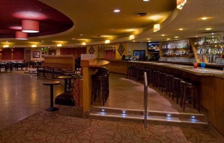 Flamingo Conference Resort & Spa - Bar - 4