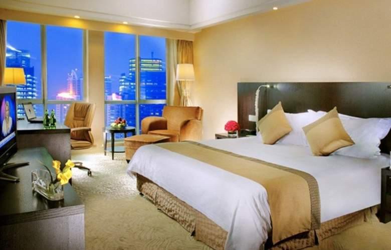 Ramada Plaza Gateway - Room - 11