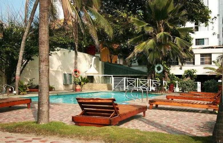 Playa Club - Pool - 2