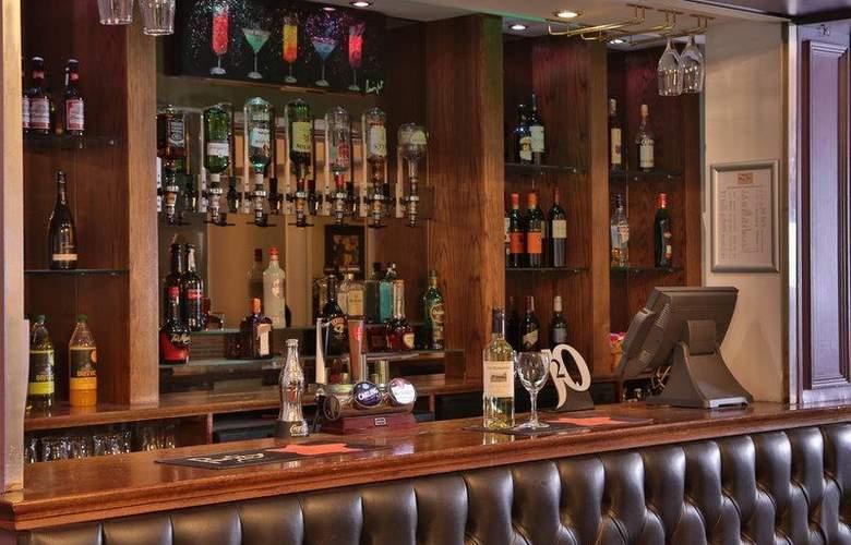 Best Western Henley Hotel - Restaurant - 127
