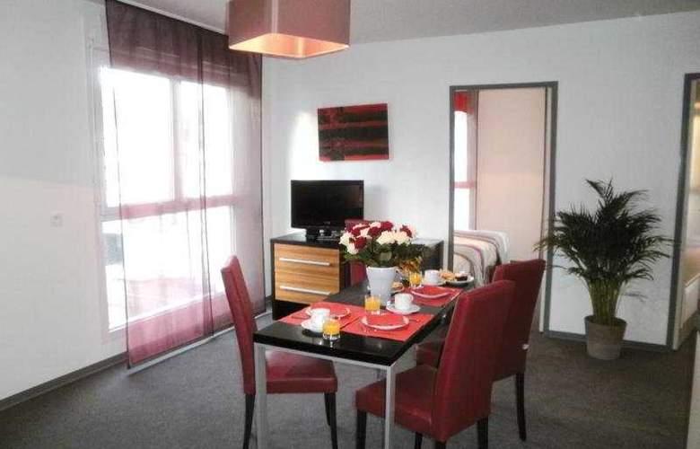 Lagrange City - Room - 4