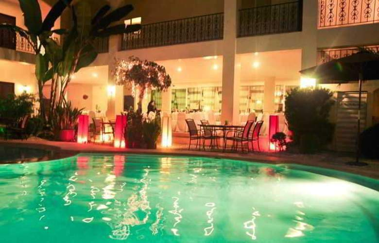 Citystate Asturias Hotel Palawan - Pool - 12