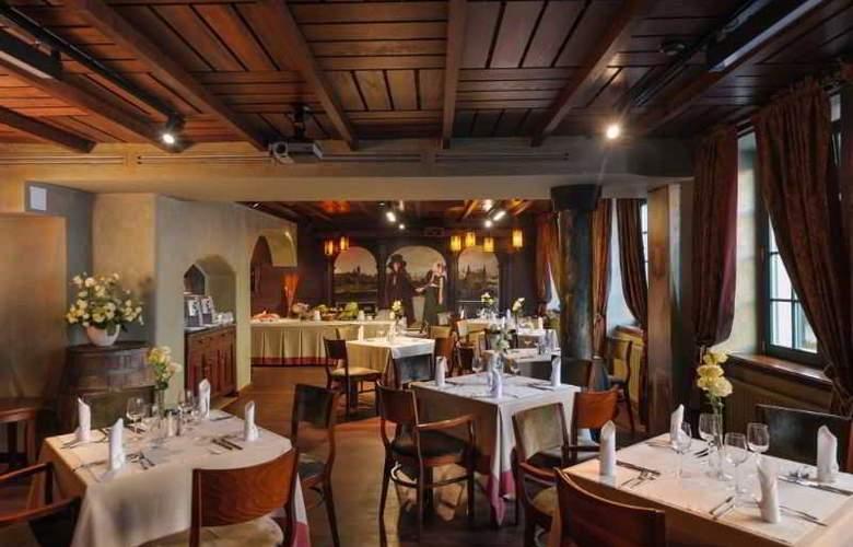 Holland House Residence - Restaurant - 1