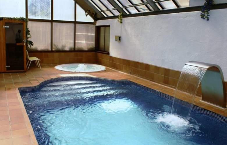 Edelweiss Arties - Pool - 2