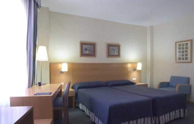 Infanta Mercedes - Room - 2