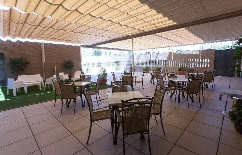 Sercotel Gran Fama - Terrace - 44