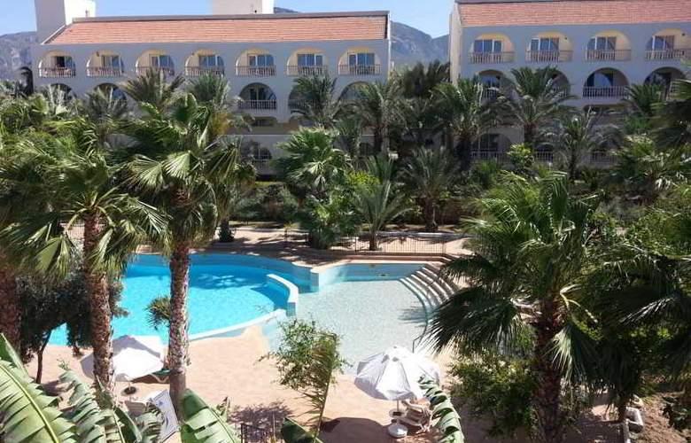 Oscar Resort - Pool - 28